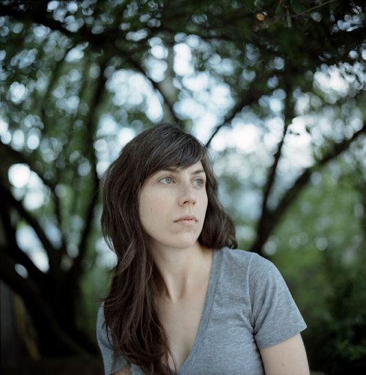 julia-holter0025